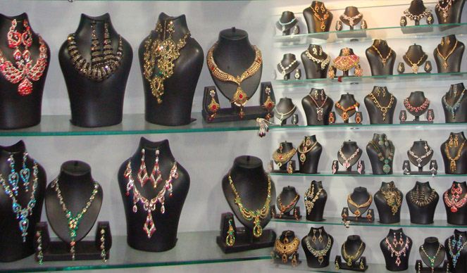 She Shoppee | Fashion Accessories shops in Udaipur | Best Optical Shops in Udaipur | Bag Dealers in Udaipur